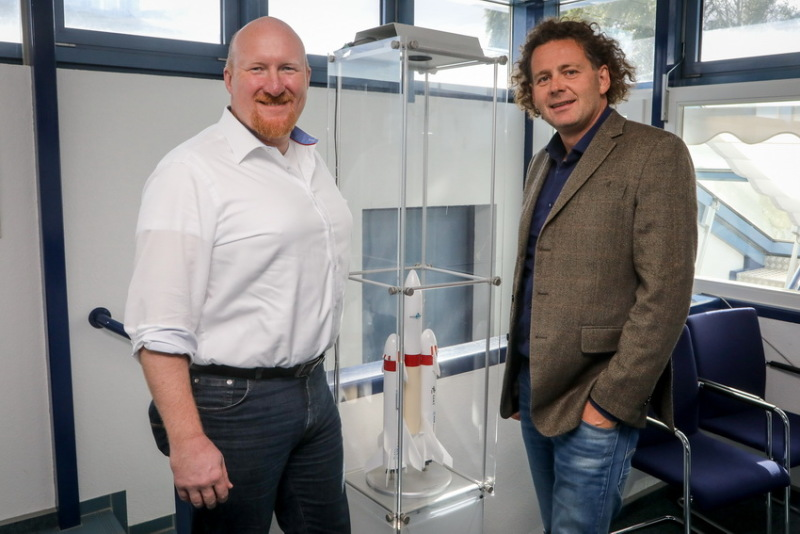 Studying space engineering in Bremen. Professor Claus Braxmaier (right) with his colleague Dr Rodion Groll (left)