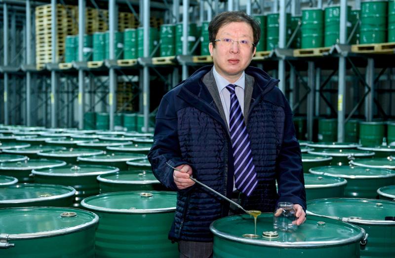 Amerikanischer Kühlschrank Import : Süße ware im fass dewin gmbh importiert honig aus china wfb