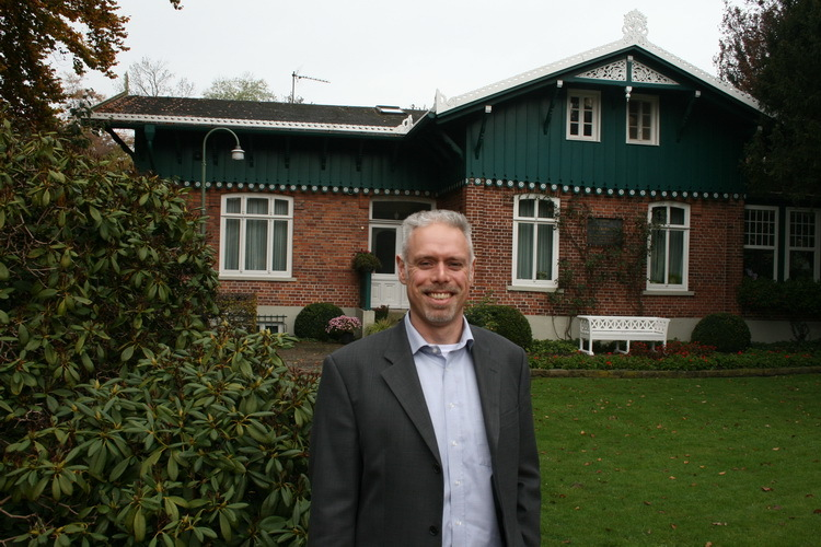 Tim Grossmann, the manager of the Bürgerpark, lives in the Schweizerhaus, which was built in 1871 and is the second-largest building in the park