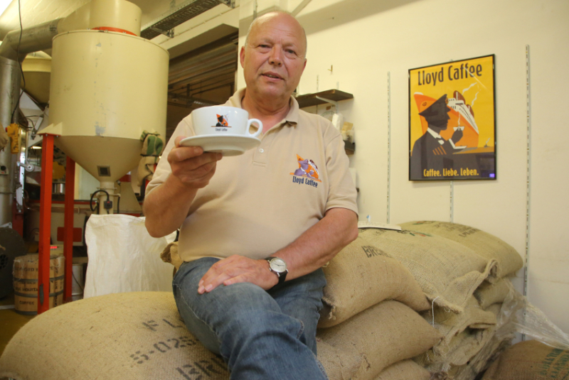 Managing director and master coffee roaster Christian Ritschel is at the helm of Lloyd Caffee
