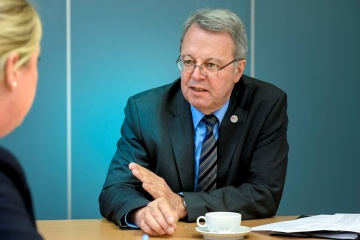 Dr Peter Vits, Bremen's State Coordinator for the Space Sector, interview situation