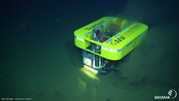 TRAMPER on the seabed: small robot – big mission