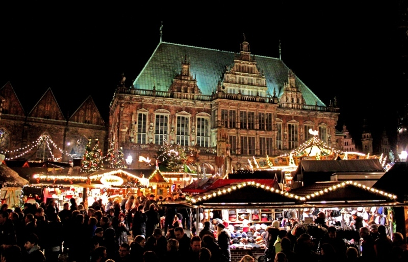 Lighting up even the darkest of winters: Bremen's Christmas market is internationally renowned