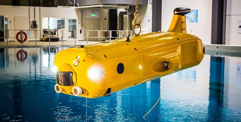 AUV FlatFish in der maritimen Explorationshalle des DFKI in Bremen